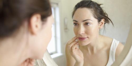 Клинические проявления заедов в уголках рта